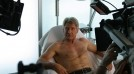 Harrison Ford se supune epilatului cu ceara sa atraga atentia impotriva defrisarilor din padurile tropicale