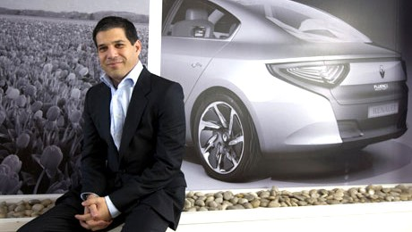 Shai Agassi ofera solutia ideala pentru sectorul automobilelor electrice