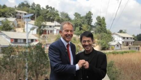 Jet Li si Tony Blair promoveaza energia solara