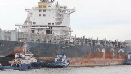 Bomba toxica langa dana de cereale din portul Constanta