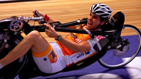Cel mai rapid biciclist din lume este un olandez (Video)
