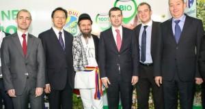 Jean Baptiste Dernoncourt, director general Carrefour, alături de ministrul chinez al agriculturii, Han Changfu, Marian Cioceanu, preşedintele Bio România şi Daniel Constantin, ministrul agriculturii, la deschiderea Indagra 2014