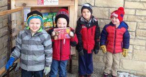 Cămara de la colțul străzii, unde americanii donează alimente pe care le au în plus