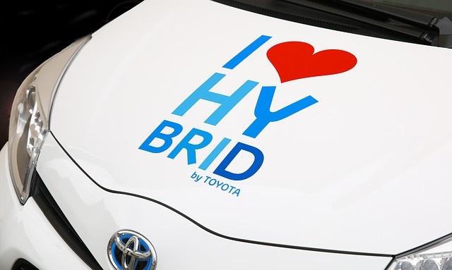automobil hibrid