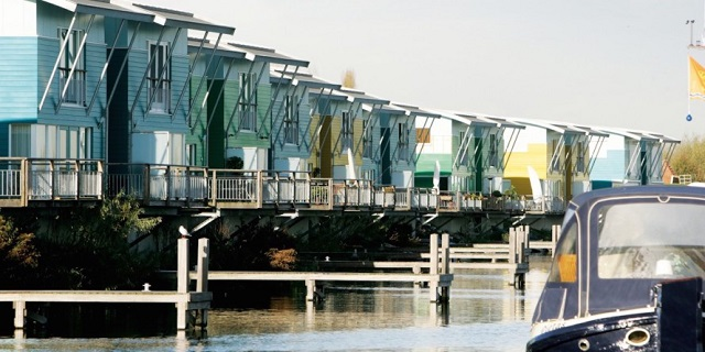 6 case amfibii ce plutesc sau se ridică pe picioare în caz de inundații