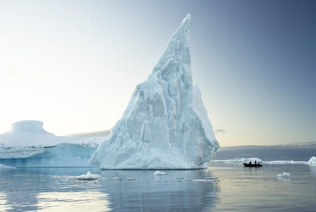 În cautarea Insulei Cobalcescu, expediție Antarctica 2012