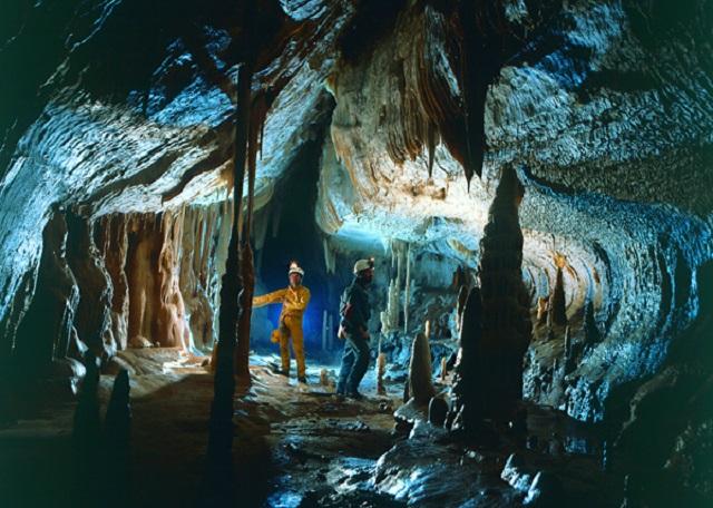 Peștera Şura Mare