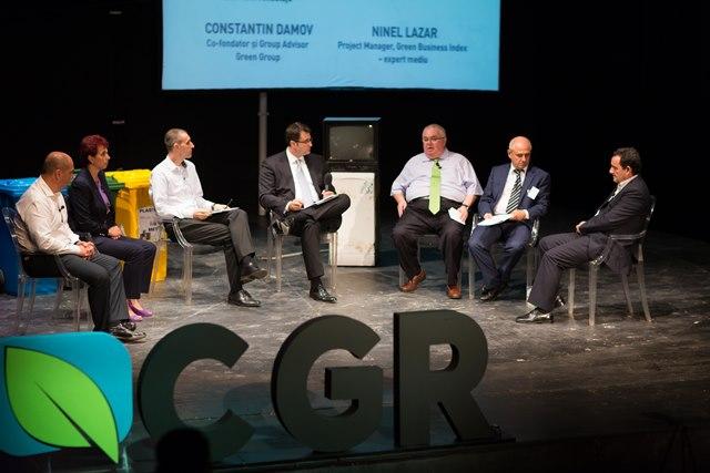 La cea de-a doua dezbatere a conferinței, reprezentanți ai industriilor din managementul deșeurilor au discutat despre cele mai importante provocări și soluții pentru acestea.