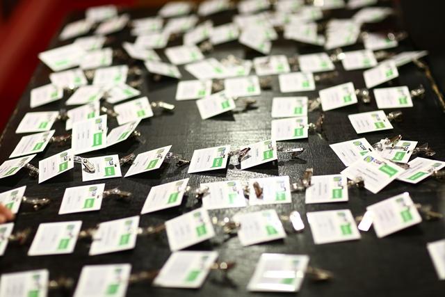 Organizatorii evenimentului au pregătit din timp materialele conferinței.