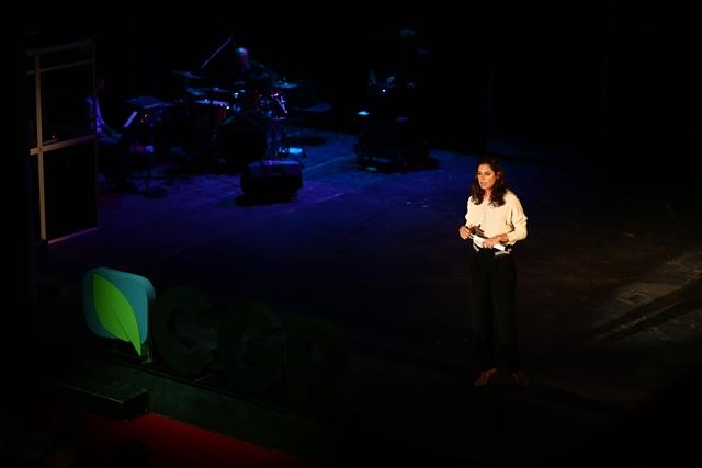 Raluca Fișer, Președinte Green Revolution și gazda conferinței, a explicat participanților care este scopul conferințelor Green Report.