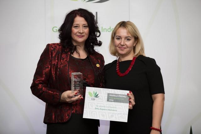 Marinela Nedelcu – Quality & Environment Specialist DHL International Romania SRL (stânga)