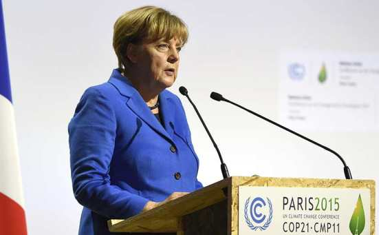 Angela Merkel la COP21