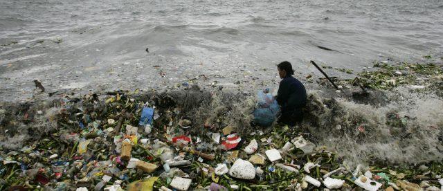 deserui de plastic