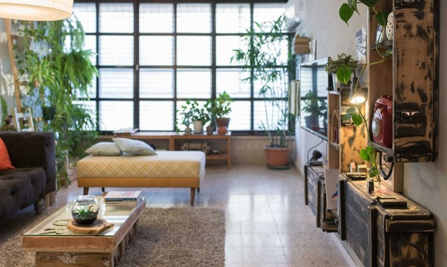 mobilier din deseuri