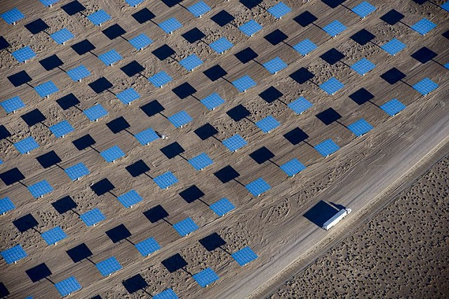 Cel mai mare parc de panouri solare va fi construit în California