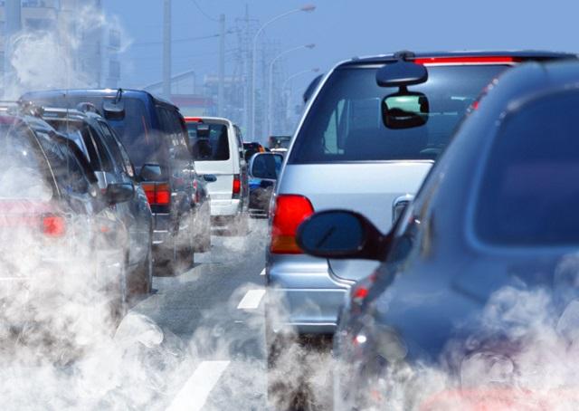 Poluarea ar putea fi responsabilă de sute de accidente rutiere
