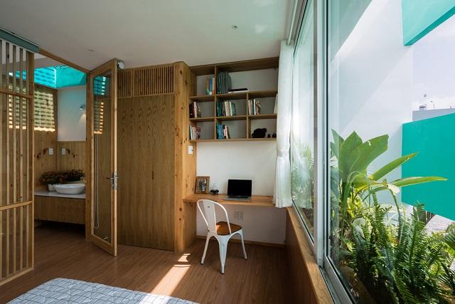 """""""Less house"""", casa din Vietnam în care plantele și oamenii conviețuiesc"""