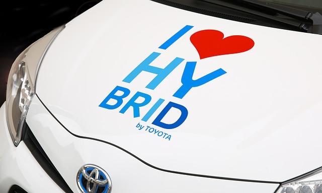 Românii preferă automobilele hibride