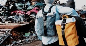 Airpaq, rucsacuri confecționate din airbag-uri și centuri de siguranță