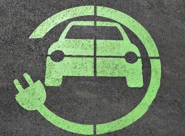 Jumătate dintre români ar opta pentru un mijloc de transport mai puțin poluant