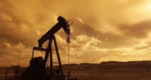 Franța interdicție exploatare petrol gaze naturale