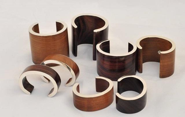 VIDEO Un designer transformă scoicile și rădăcinile de copaci în accesorii de lux