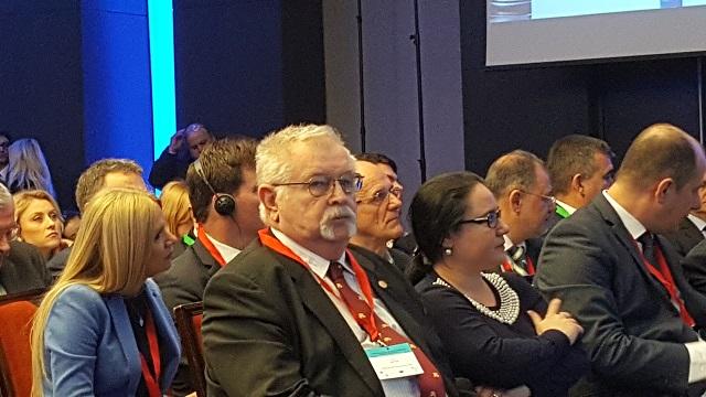Ministrul Energiei, Anton Anton, nu vrea să închidă termocentralele, ci să le eficientizeze