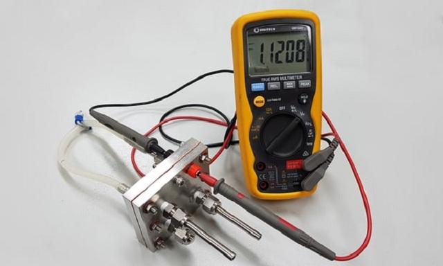 baterie protoni
