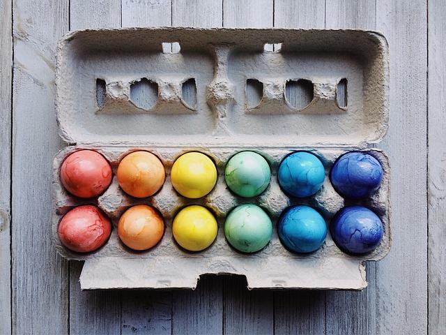 vopsea oua naturala