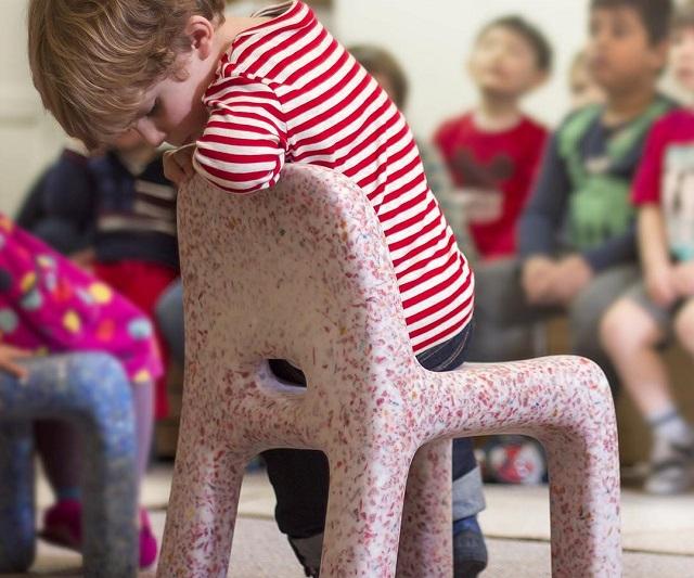 EcoBirdy, mobilier pentru copii creat din jucării vechi