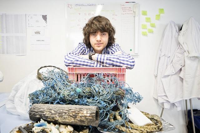 Ocean Cleanup, un sistem care va colecta eficient plasticul din oceane
