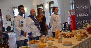 Un club de bucătari învăță grecii să-și promoveze produsele locale