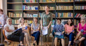 Fundația Noi Orizonturi caută profesori care au făcut proiecte de Service Learning cu elevii