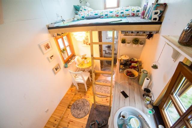 Viața într-o casă mică. Trai în tihnă în Casa Plimbăreață