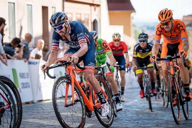 Eduard Michael Grosu câștigă cursa Urban Race ROAD