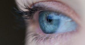 Între 6 și 10 tone de lentile de contact ajung în apele reziduale din SUA, în fiecare an