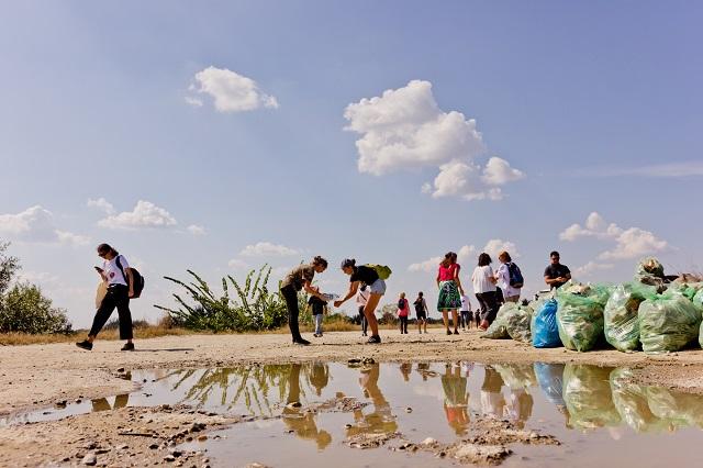Peste 338.000 de voluntari au participat la Ziua de Curățenie Națională