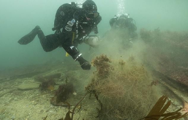 Ghost Fishing, organizația internațională care recuperează plasele de pescuit abandonate
