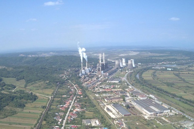 Greenpeace România încearcă anularea autorizației de funcționare a termocentralei Rovinari