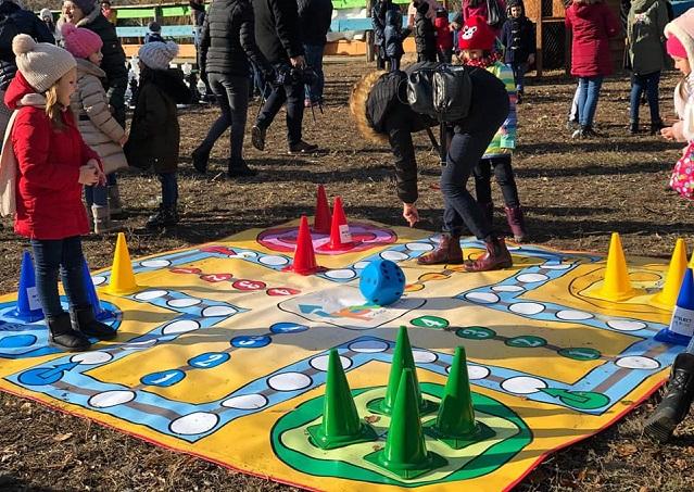 Intelect Parc - jocuri în aer liber, cu piese uriașe